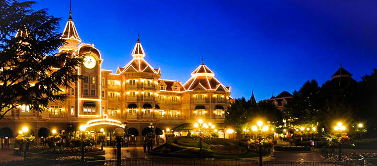 Disneyland® Hotel - Disneyland Paris